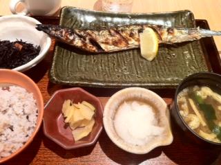 大戸屋の釧路産さんま定食