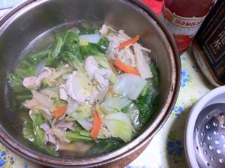 鶏むね肉のスープ鍋