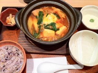 大戸屋のキムチ鍋定食