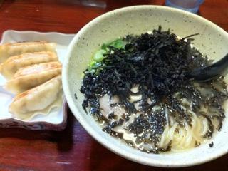 横浜鶴見 信楽茶屋の塩ラーメン