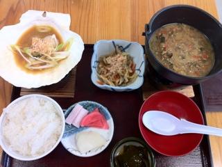 弘前津軽旨米屋で貝焼けの汁